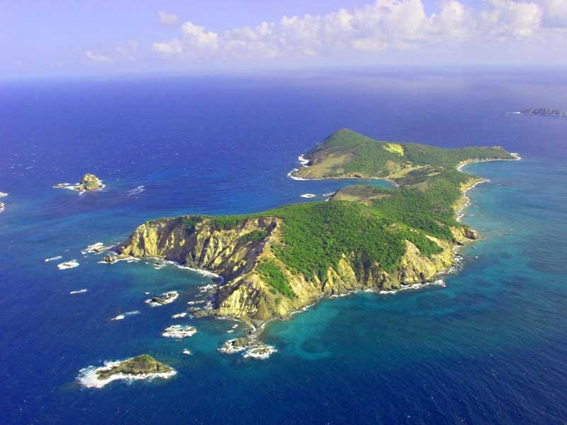 baliceaux_island_005.jpg